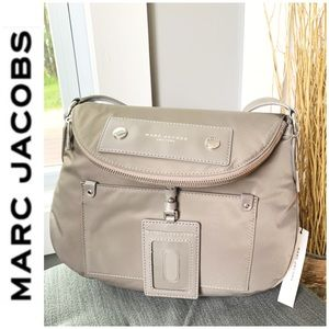 NWT Marc Jacobs preppy large crossbody taupe gray